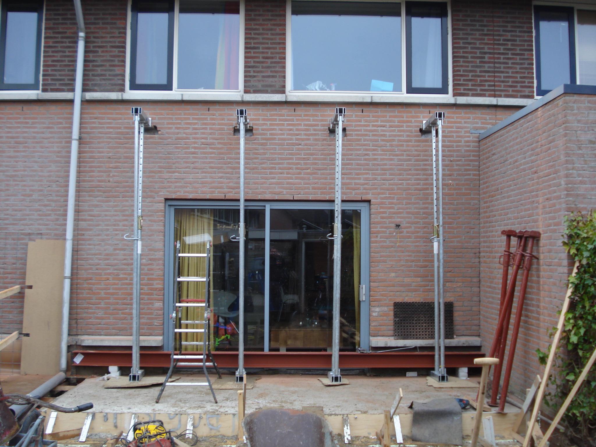 Project uitbouw woonhuis : Van den Hoeven Bouw - Houten