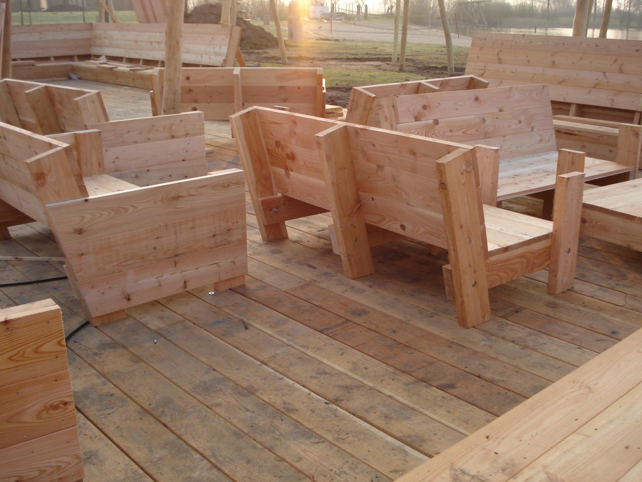 Project houten buitenmeubelen van den hoeven bouw houten - Houten timmerwerk ...